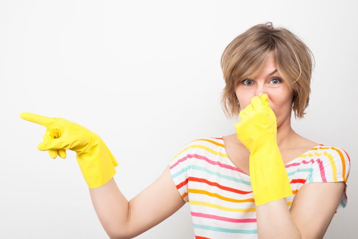 Bã chè cũng có thể khử mùi hôi khó chịu của nhà vệ sinh.
