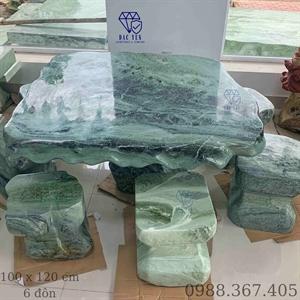 Bàn Ghế Đá Serpentine Tự Nhiên Yên Bái KT 100 x 120 cm