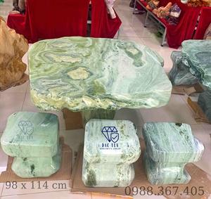 Bàn Ghế Đá Ngoài Trời Serpentine Xanh KT 98 x 114 cm