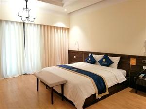 Phòng Deluxe 1 giường đôi (KHU PÉ LÙ)