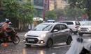 Taxi Hà Nội đắt gấp ba lần ngày mưa bão