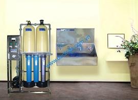 Hệ thống lọc nước uống trường học 500l UV