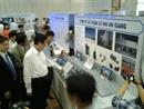 Thủ tướng Nguyễn Tấn Dũng tham quan trưng bày thành tựu khoa học & công nghệ của công ty CP Cơ Khí An Giang tại Cần Thơ