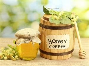 Công dụng bất ngờ của mật ong pha trà xanh