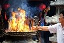 Hiện tượng bát hương bốc cháy báo hiệu điều gì ?