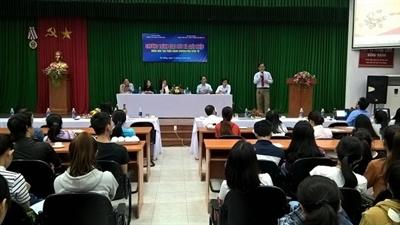 Chương trình giao lưu thương mại điện tử với sinh viên Đà Nẵng