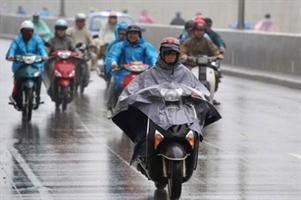 Kinh nghiệm đi xe máy an toàn trong mùa mưa bão