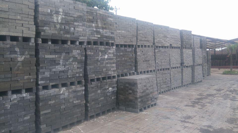 Hình ảnh bãi gạch không nung Tiền Phong