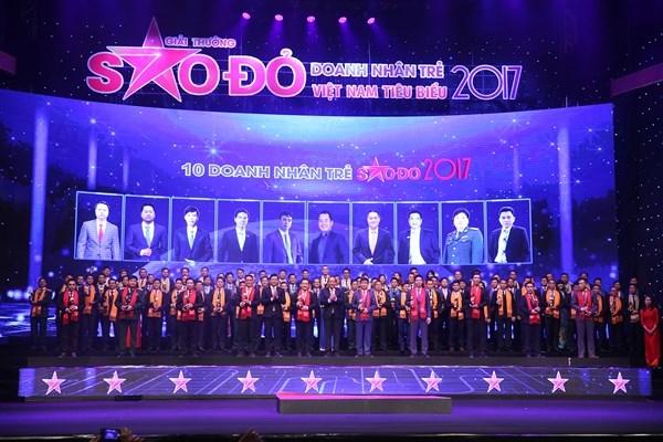 Sao đỏ - 100 doanh nhân trẻ Việt Nam tiêu biểu